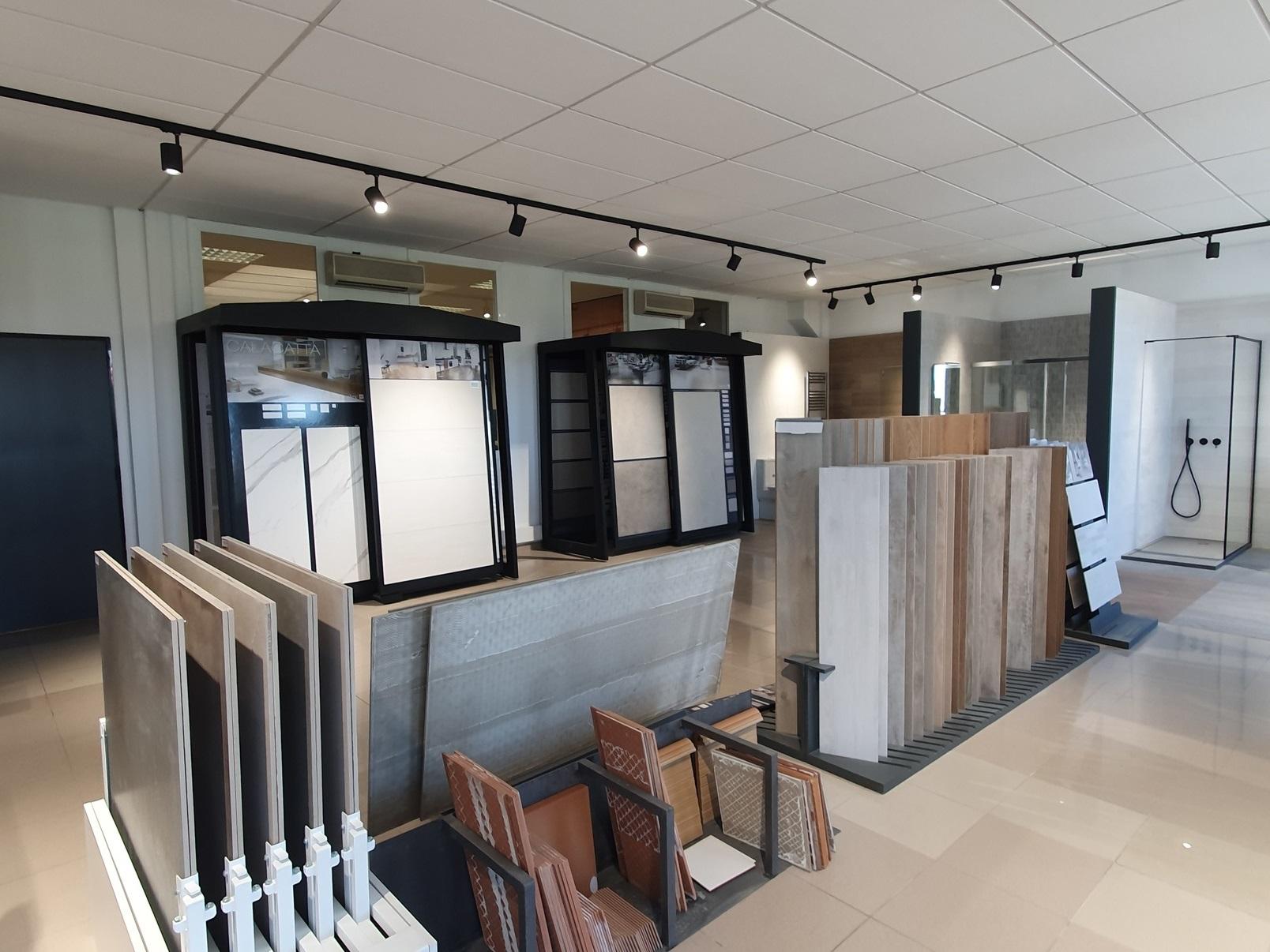 Showroom en Isolana Sant Boi